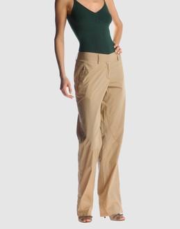 Pantalones - COSTUME NATIONAL Pantalones en YOOX.COM