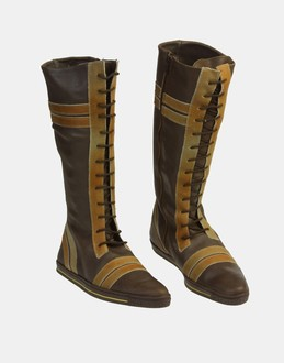 More information or Buy online WOMAN - SWEAR - FOOTWEAR - BOOTS - AT YOOX