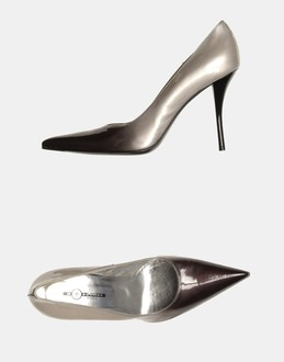 More information or Buy online WOMAN - MOSQUITOS - FOOTWEAR - CLOSED-TOE SLIP-ONS  - AT YOOX