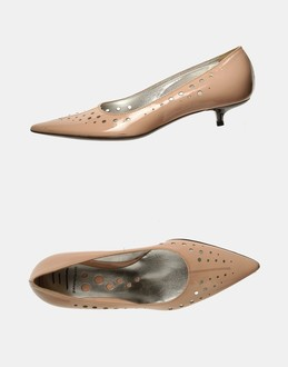 More information or Buy online WOMAN - PANETULIPANI - FOOTWEAR - CLOSED-TOE SLIP-ONS  - AT YOOX