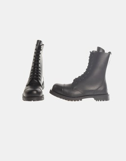 More information or Buy online MAN - GETTA GRIP - FOOTWEAR - COMBAT BOOTS - AT YOOX
