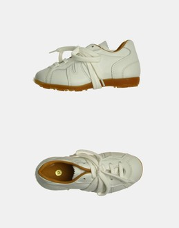 More information or Buy online GIRL - PANTOFOLA D'ORO - FOOTWEAR - SNEAKERS - AT YOOX