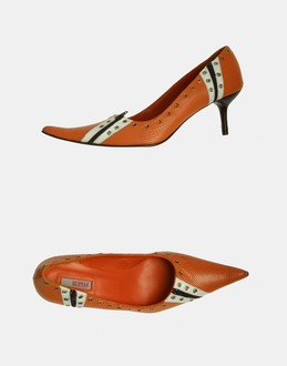 More information or Buy online WOMAN - LE SILLA PROJECT - FOOTWEAR - CLOSED-TOE SLIP-ONS  - AT YOOX