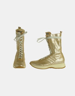 More information or Buy online WOMAN - SILLA SPORT - FOOTWEAR - ANKLE BOOTS - AT YOOX