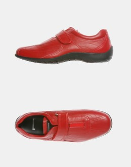 More information or Buy online MAN - PIRELLI - FOOTWEAR - SNEAKERS - AT YOOX