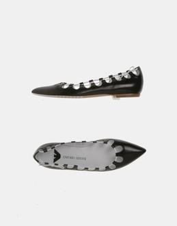 WOMAN - EMPORIO ARMANI - FOOTWEAR - BALLET FLATS - AT YOOX